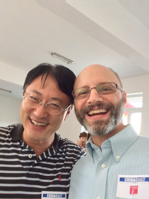 Me and a diplomat from the (South) Korean consulate. He studied both in Germany and the US. Nice guy.